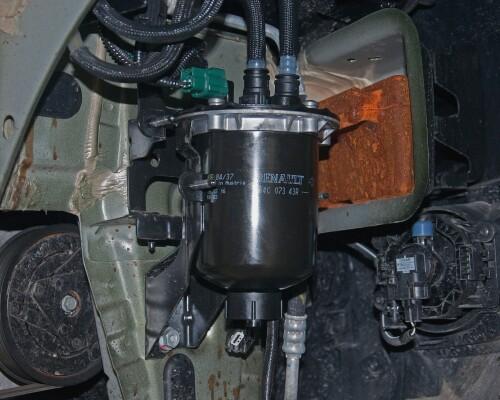 А вы знаете, как часто требуется замена топливного фильтра автомобиля Дастер: дизель и бензин