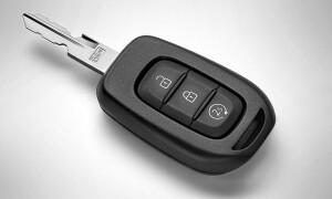 Лайфхак: как открыть рено дастер без ключа